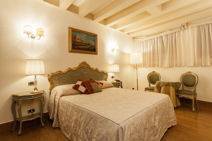 Hotel Al Ponte Mocenigo, Double room economy