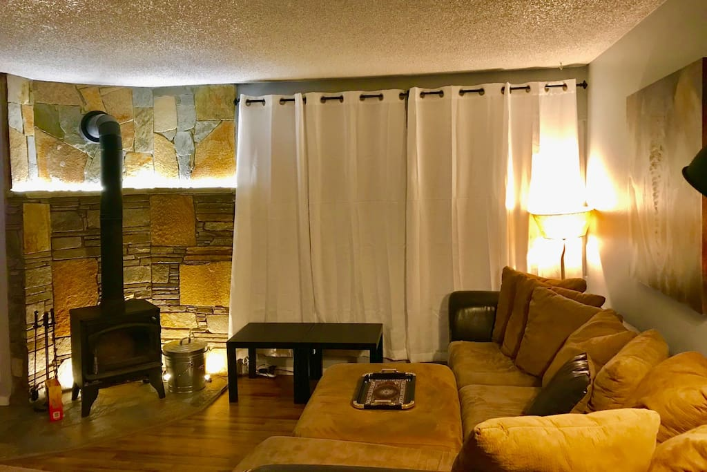 Welcome to Mammoth! Our home is warm, with a fireplace/wood stove. Located right in the center of town.