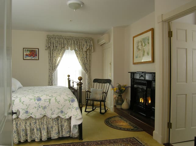 Brampton Bed and Breakfast Inn - Chestertown - Penzion (B&B)