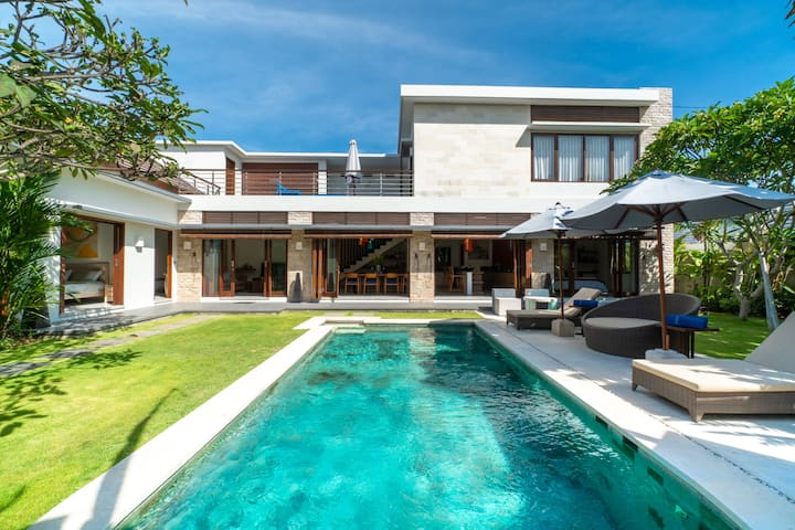 Incredible House w/ Soothing Atmosphere in Ungasan