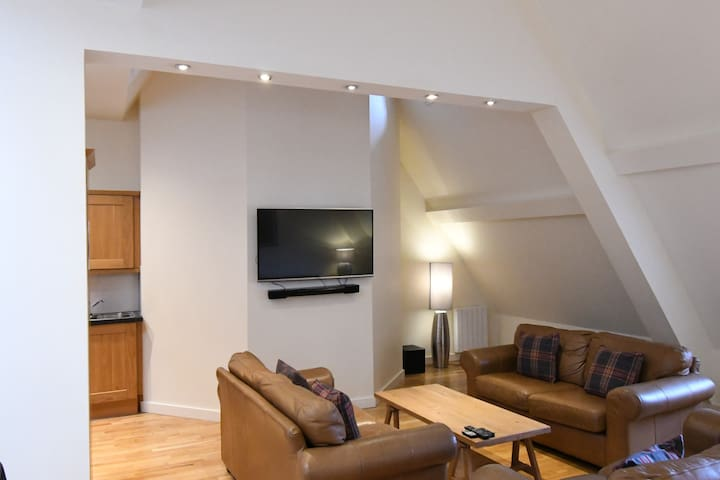 Central Old Town Loft Style Apart