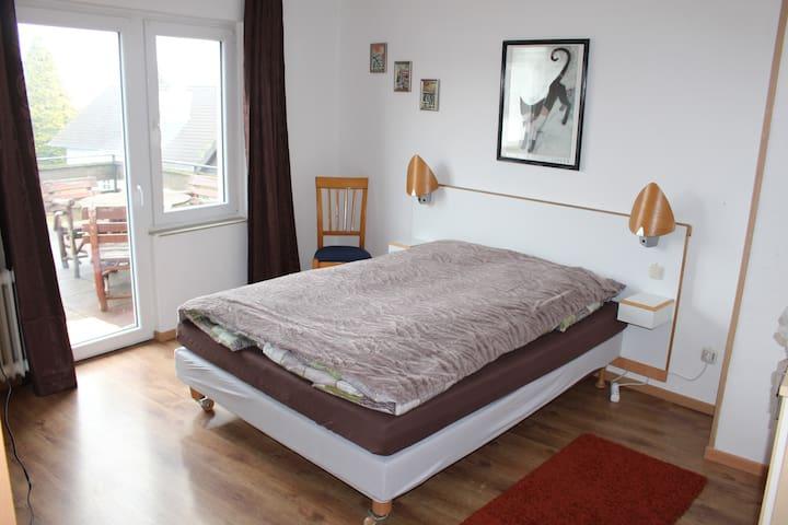 Große Ferienwohnung im Westerwald - Horhausen (Westerwald) - Wohnung
