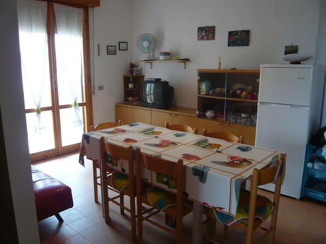 Casa Vacanze Vista Mare - Lido Adriano - Apartment