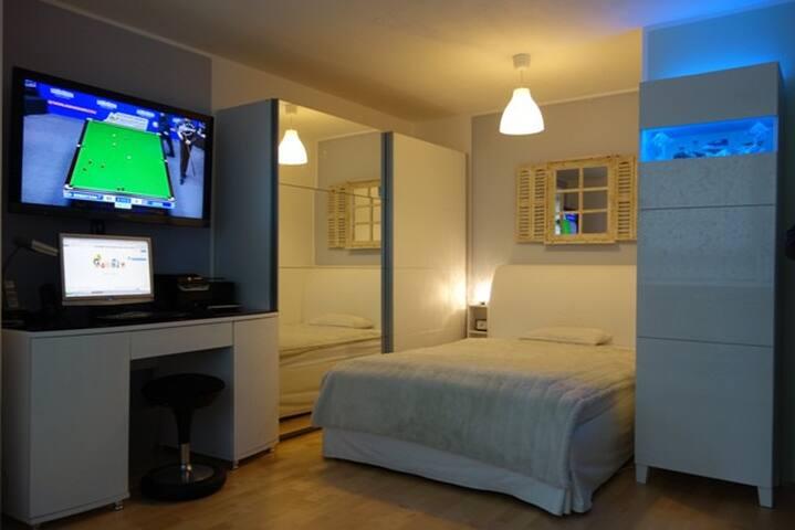 Hotelfertige kompfortable & modernisierte Wohnung