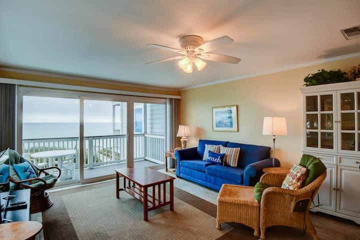 Gulf-front Seacrest Beach condo with balcony & beach access!