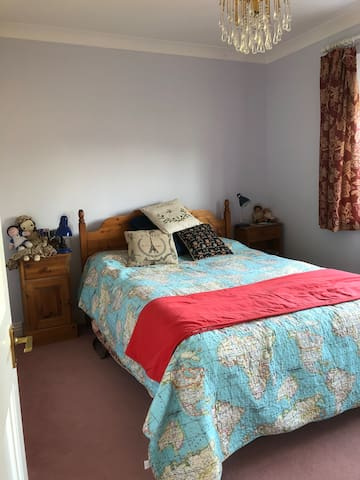 Foxglove. Comfortable rooms in family home
