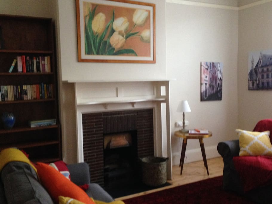 Relax in our library and lounge room