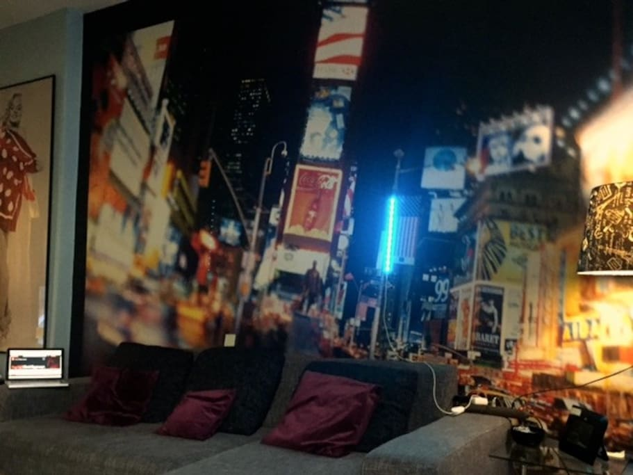 XXL Couch with NY Wallpaper