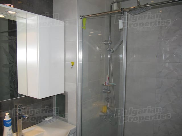 Comfy room in renovated flat near Mall Plovdiv