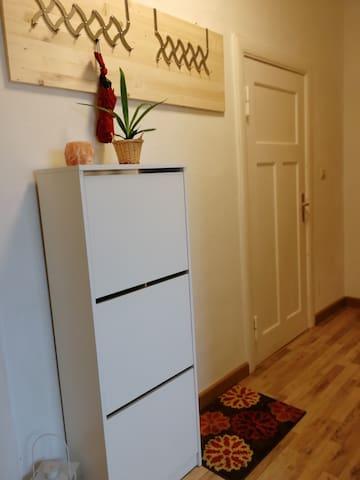 Gästezimmer in bewohnter Wohnung