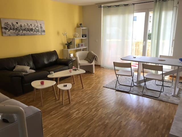 85m2 à 10 minutes de l'aéroport - Collex-Bossy - Apartment