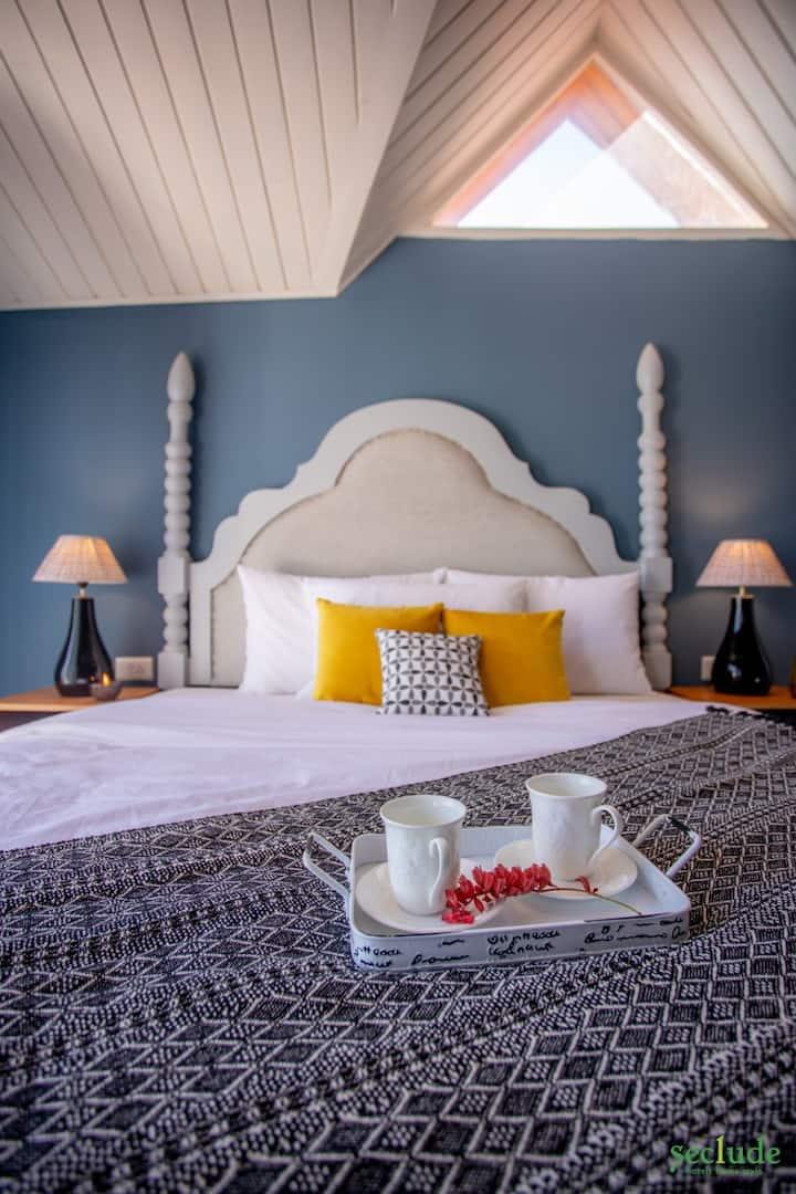 4 BHK Luxurious Villa, Kasauli - Open Blue Skies