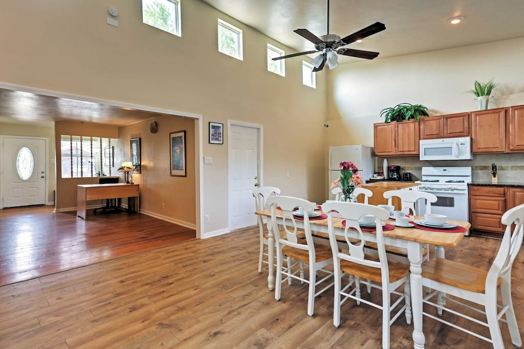 With 1,700 square feet of well-appointed living space, the property comfortably accommodates up to 6 guests.