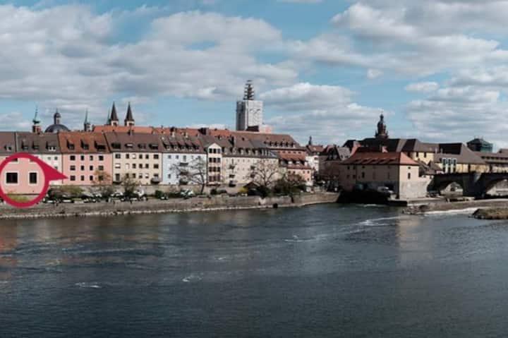Alte Mainbrücke #2 / Mainufer & Festungsblick