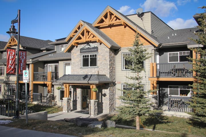 Beautiful Condo in the Majestic Banff Area