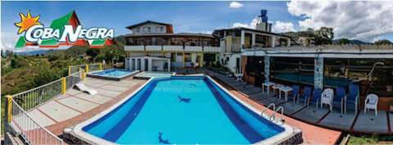 Hotel  cerca al aeropuerto chachagui