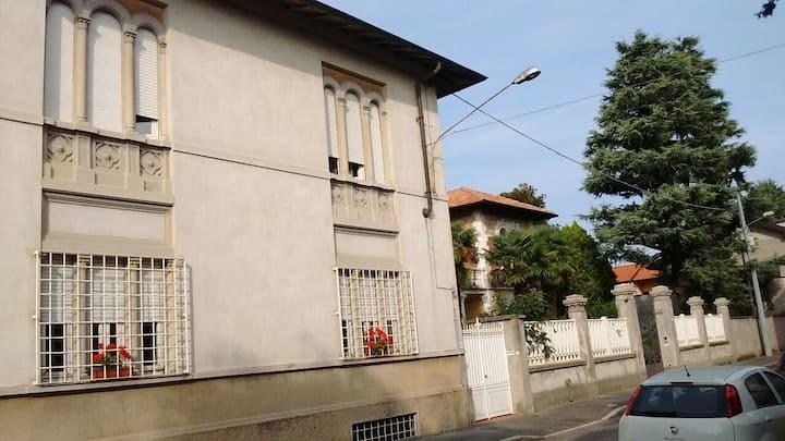 """""""La Casa di Mariuccia"""" Mini appartamento in Villa."""