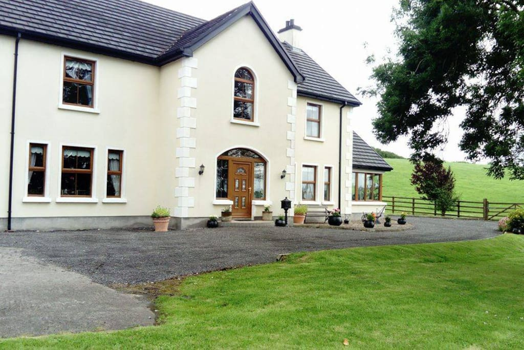 Curran View House