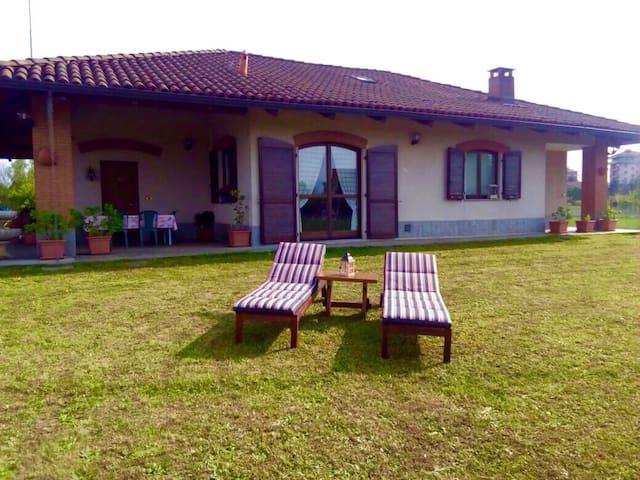 VILLA A VENARIA REALE(TORINO) - Venaria Reale - Casa de camp
