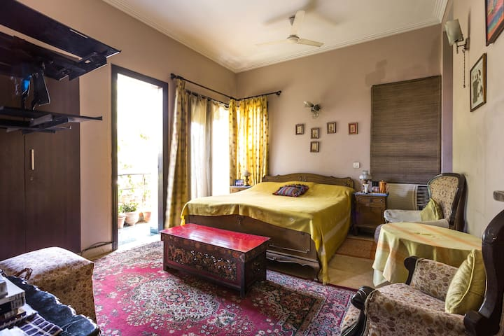 Peaceful Home stay stay in New Delhi | Superhost