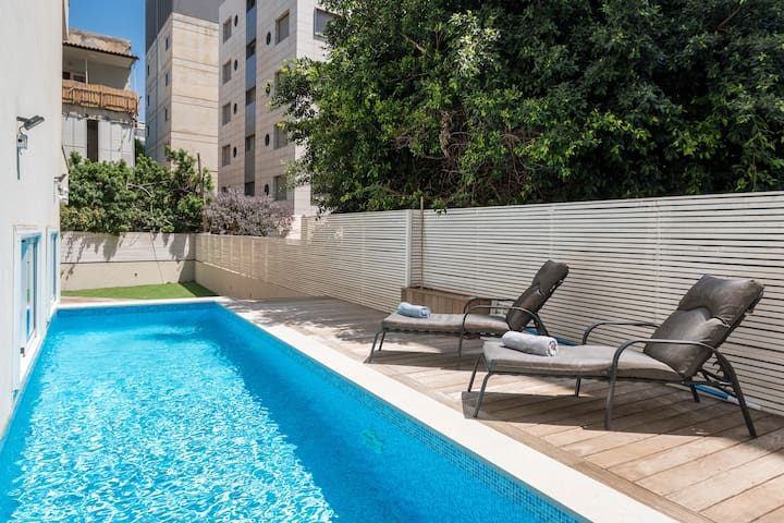 Beach area - Ground floor 3BR private pool&parking