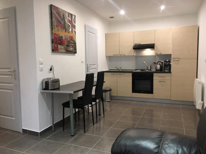 Appartement 60m2 au centre proche gare & autoroute