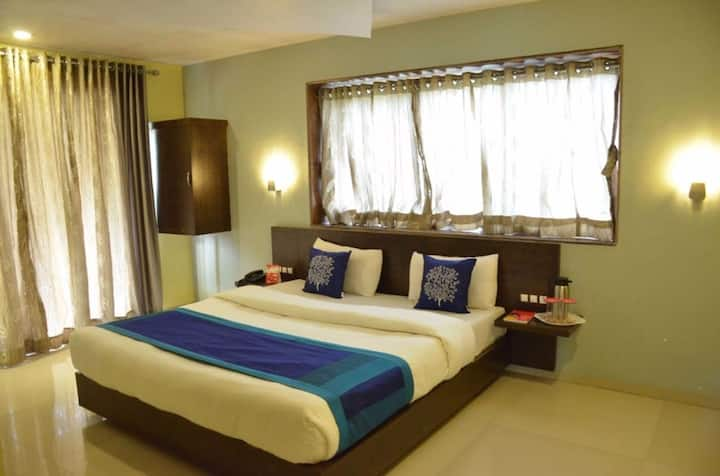 Luxurious room in Mahabaleshwar