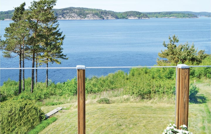 Stunning home in Uddevalla with WiFi and 3 Bedrooms