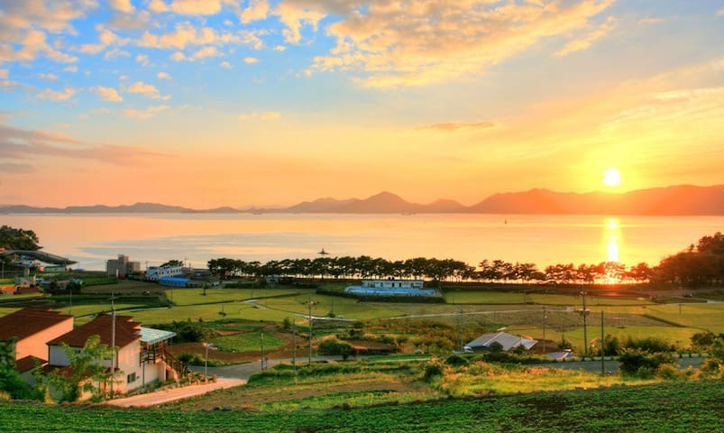 남해 아름다운 바다전망,커플,개별테라스바베큐장 - Seo-myeon, Namhae-gun - Hus