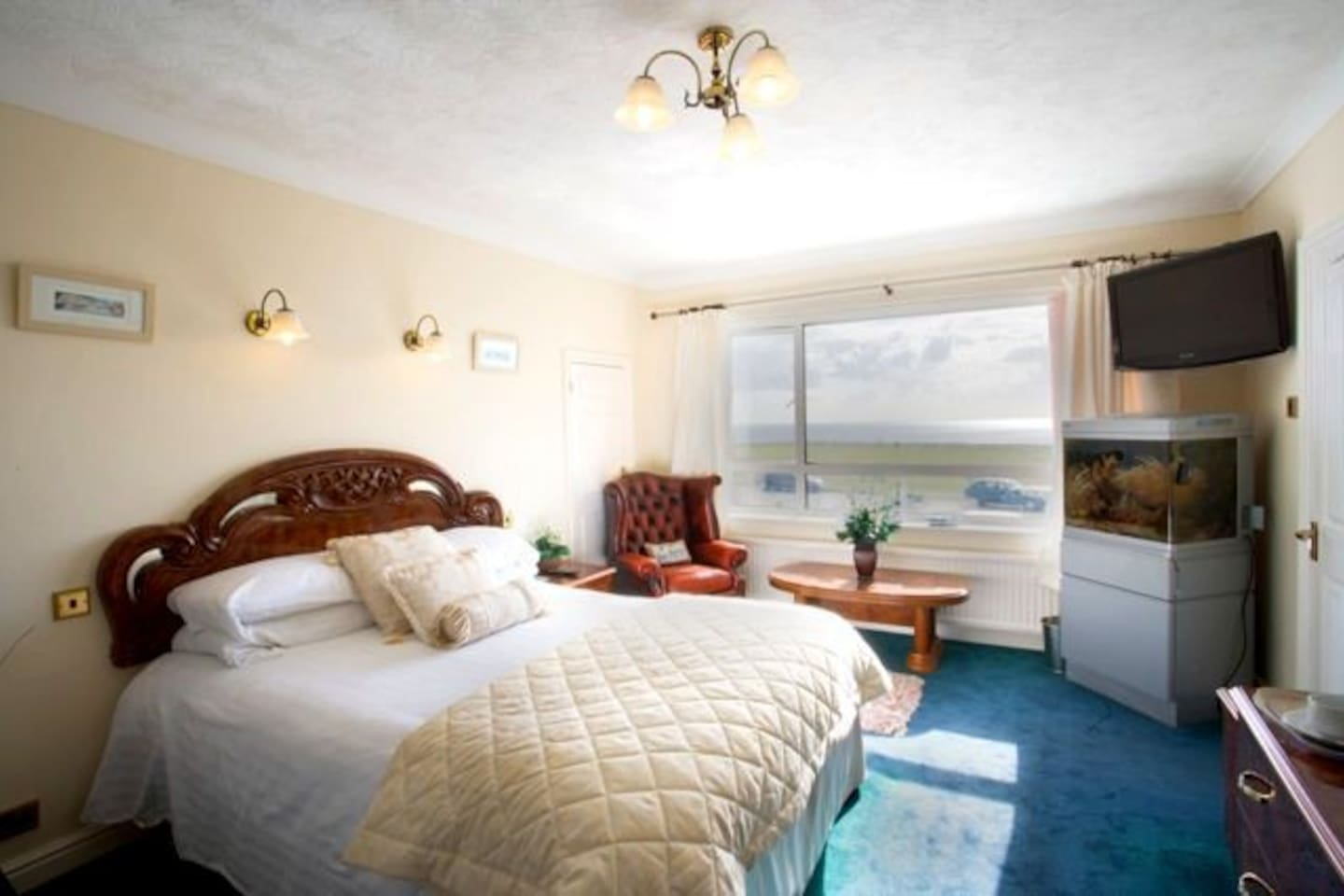 The Solent Family Room - Sleeps Max 5 Persons