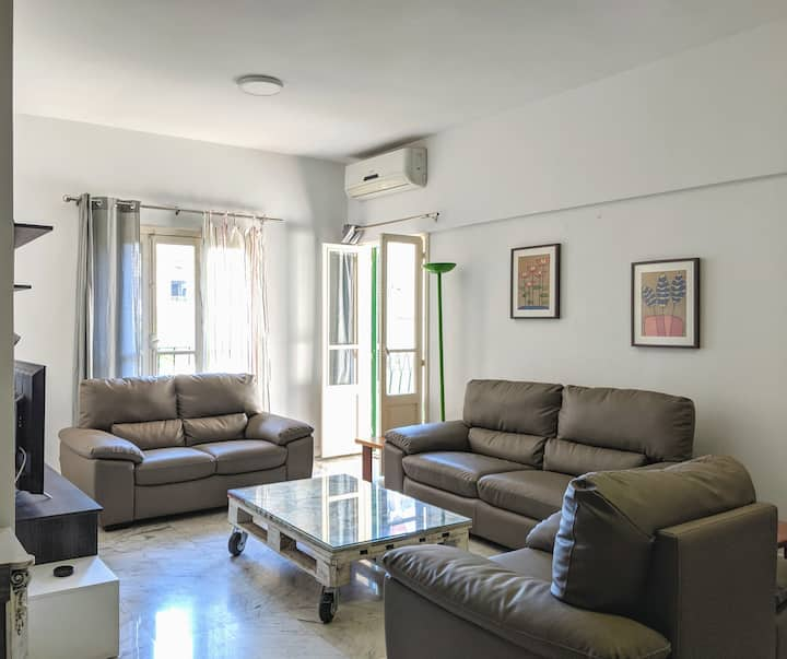 Cozy apartment in Sassine close to ABC mall