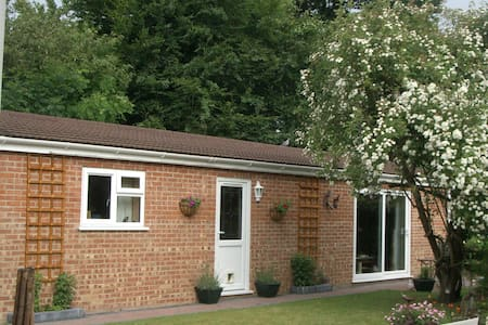 Self contained one bedroom property in quiet area.