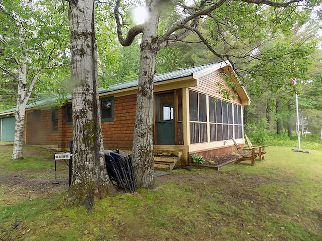 Private in town camp directly on the waters edge!