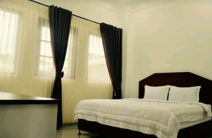OprisS Hotel at Ajibata, Parapat 3 - Ajibata, Parapat - Villa