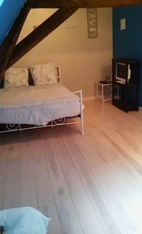 Chambre privée, idéale pour l'Euro - Aire-sur-la-Lys - Apartment