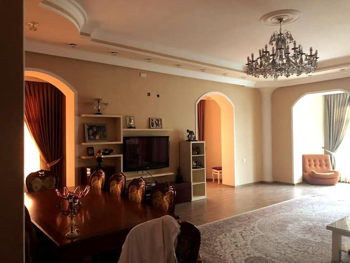Deluxe Villa House in Baku*****