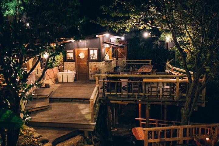 Villa Yumigahama 4-5people cabin No2