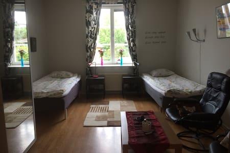 Hyr rum nära Gotlandsterminalen. - Oskarshamn