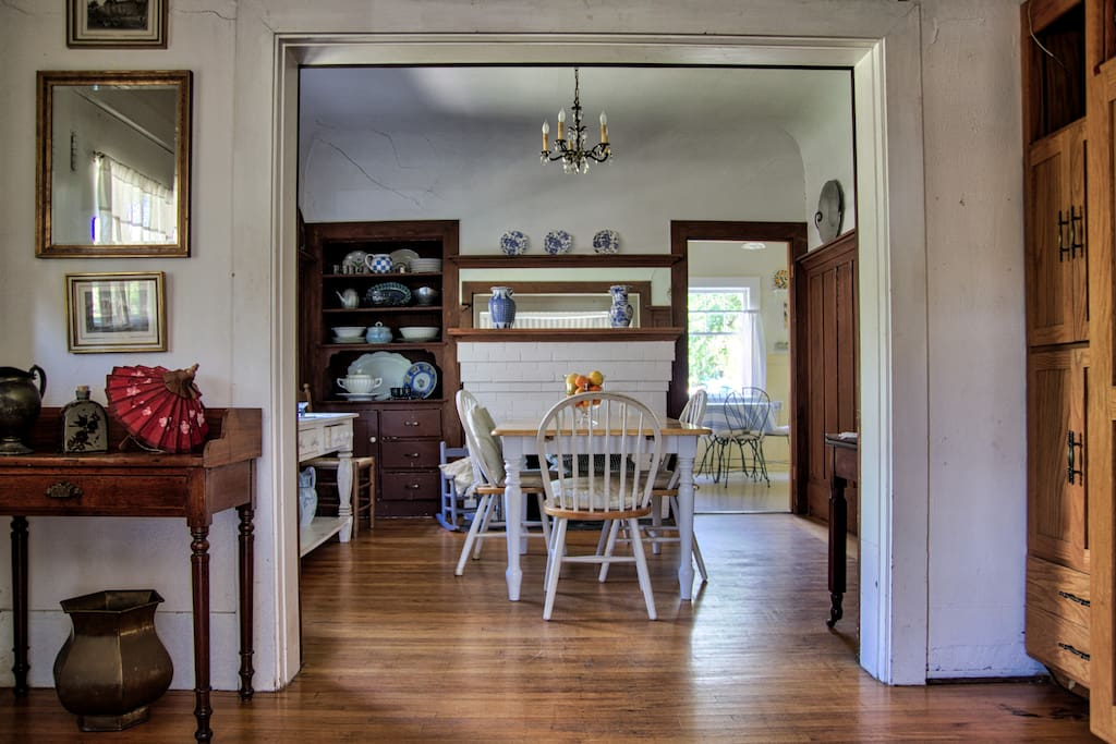 Dining room and entryway