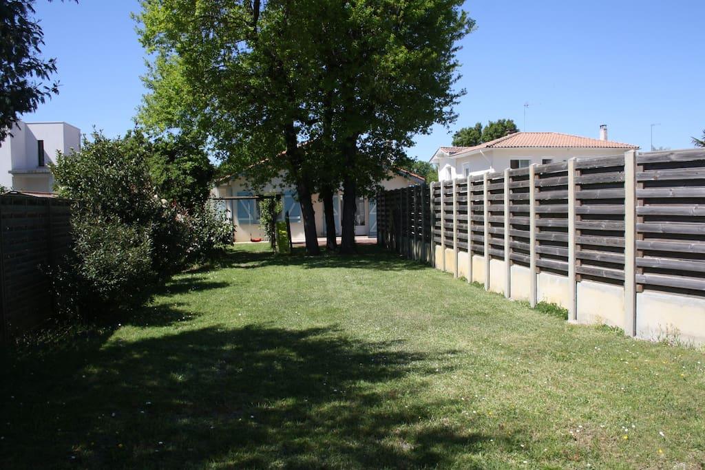 Jardin privatif fermé
