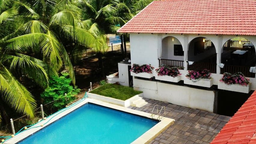 Boutique House near Nagaon Beach Alibag - Nagaon - Daire
