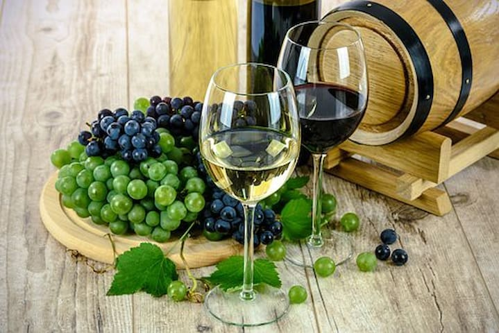 Enjoy visiting the many local wineries scattered around the southern coast.