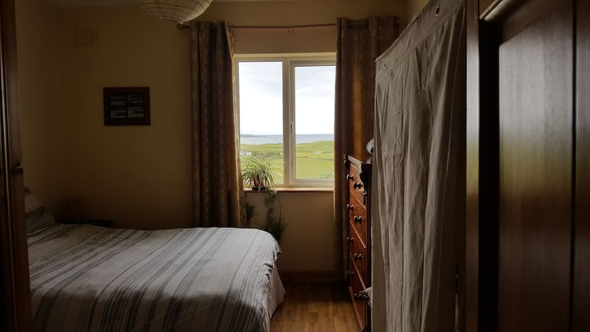Atlantic View with ensuite, Strandhill