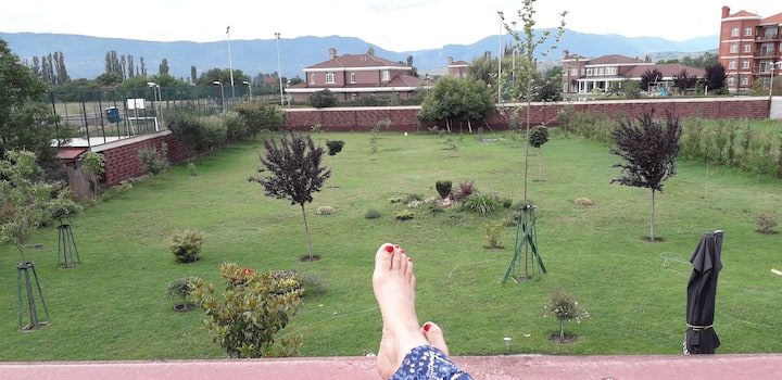 City-break villa with garden