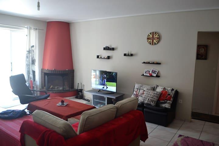 Va's Private Room In Alimos - Agios Dimitrios - อพาร์ทเมนท์