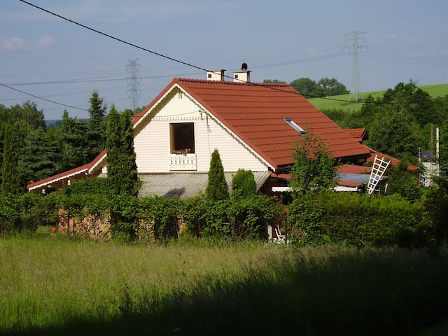 Agroturystyka  , Ranczo w Dolinie Karpia. - Bachowice - 一軒家