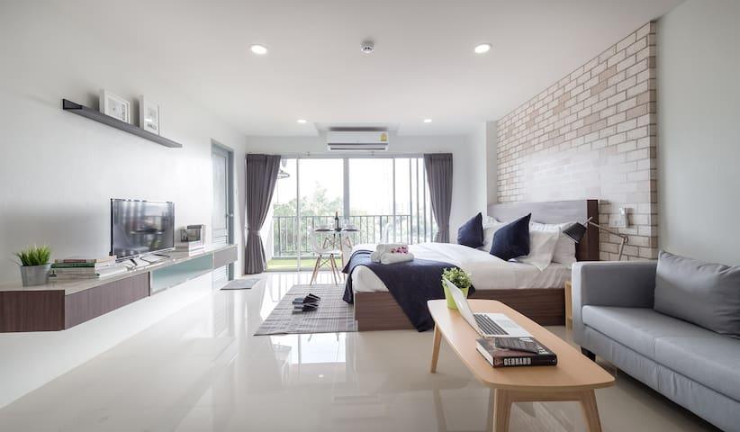 New  Exclusive suites near MRT Ratchadapisek