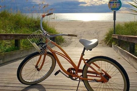 Sunsets+fishing+2bikes+Beachhouse Getaway fun! N1
