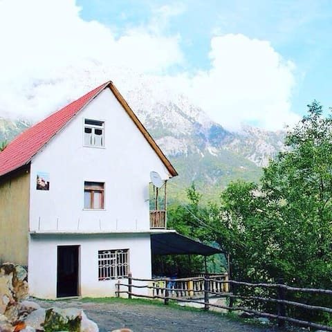 B&B 'Kroni i Micanve',Theth,Albania - Theth - Bed & Breakfast