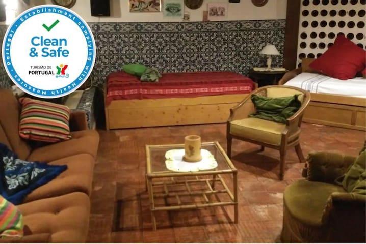 Casa Silvia/Antiga Garrafeira